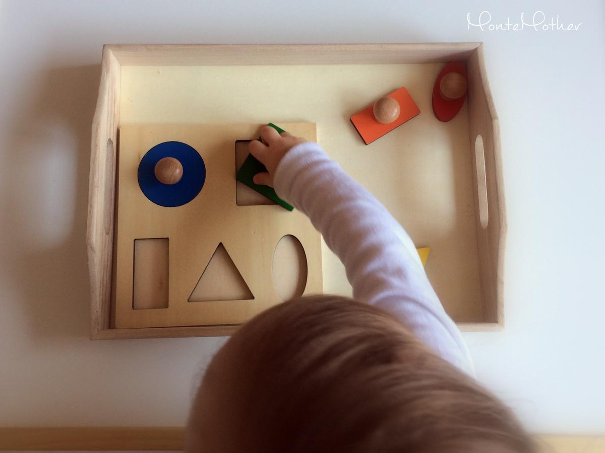 Montessori puzzle geometrické tvary/Montessori geometric shapes puzzle