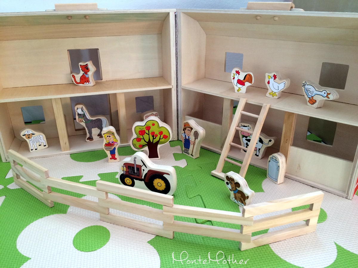 hračka drevená farma/ wooden farm toy