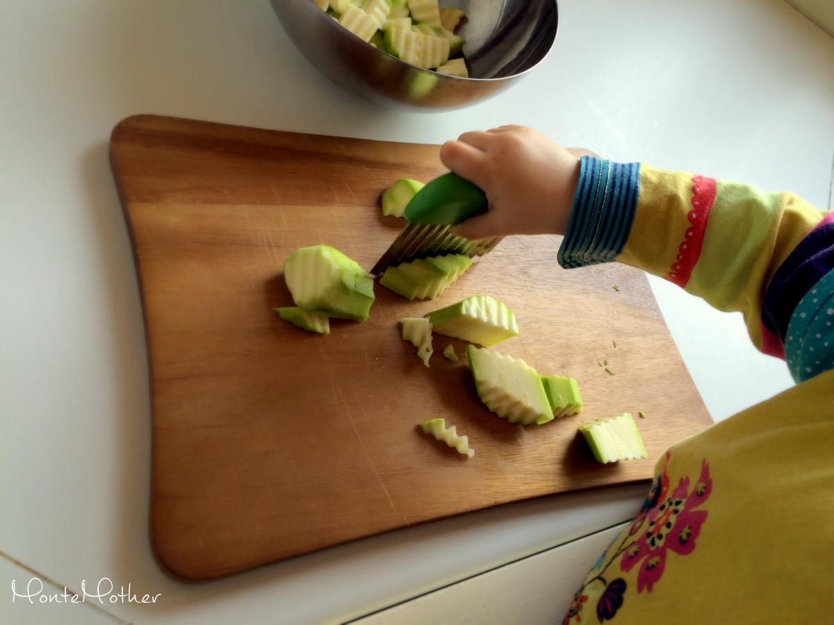 Montessori krajanie cukety